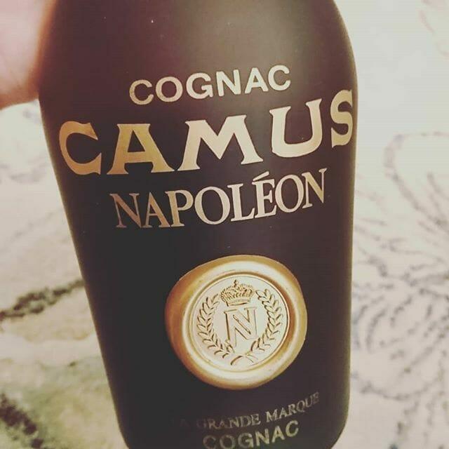 ブランデー・コニャック買取『コニャックの雄、カミュ ナポレオン』を買い取らせていただきました お酒買取実績紹介 2