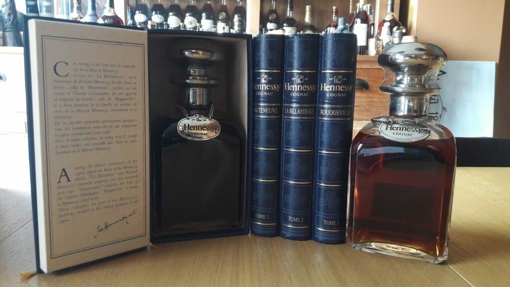 【ブランデー・コニャック買取】『ヘネシー ナポレオンシルバートップ グラス付き』を高価買取しました。 / お酒買取実績紹介! 5