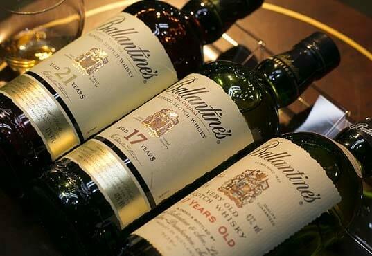 【ウイスキー買取】長期熟成のブレンデッド・スコッチウイスキー『バランタイン30年赤紋章デキャンタ』を買取いたしました。お酒買取実績紹介! 5